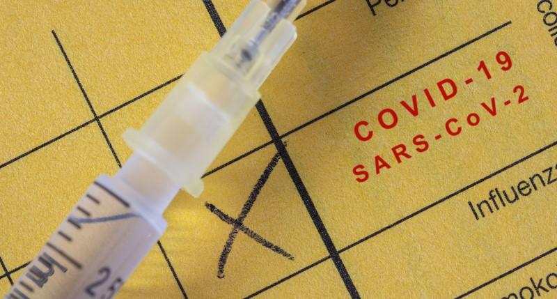 Corona-Schutzimpfung in den Impfausweis eintragen